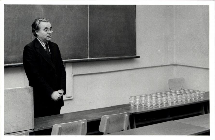 1983. aasta lennule viimast loengut pidamas (1983)