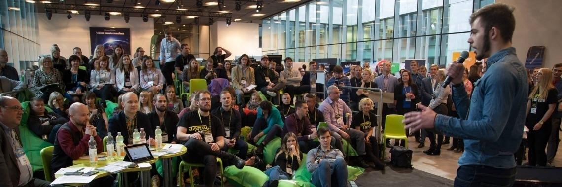 5_startup_day.jpg